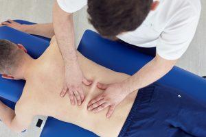 Rehabilitacja kręgosłupa - masaż
