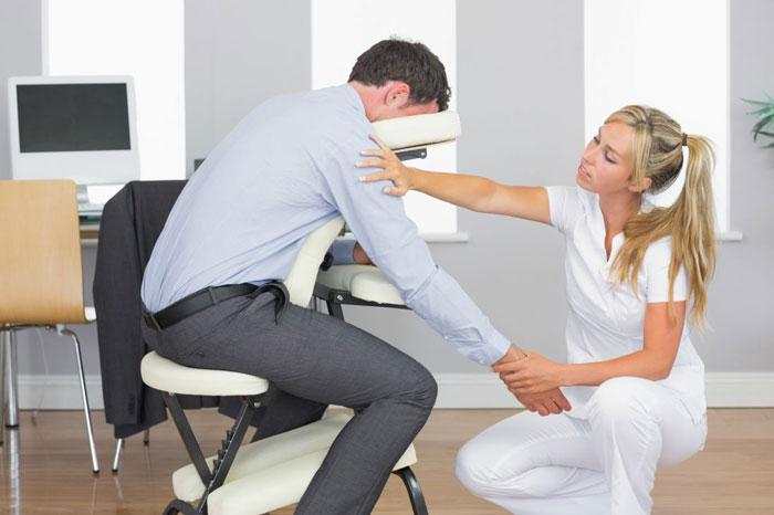 masaż w biurze w Krakowie
